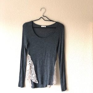 Long sleeve with crochet side panels.